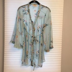 Beautiful floral maternity blouse, size L